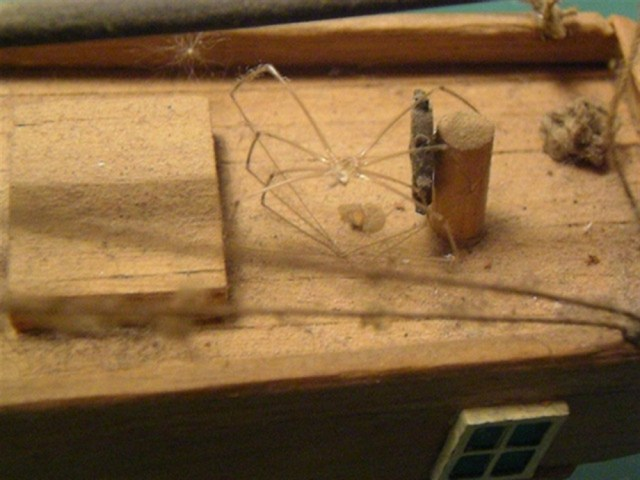 Leuk detail, op zolder staan heeft behalve schade ook de nodige lijken opgeleverd.