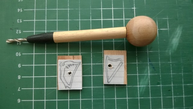 Harp hangertje (2)