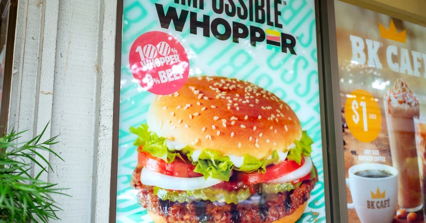 Burger King advertises their deliveries, frightened by the horrors at restaurants