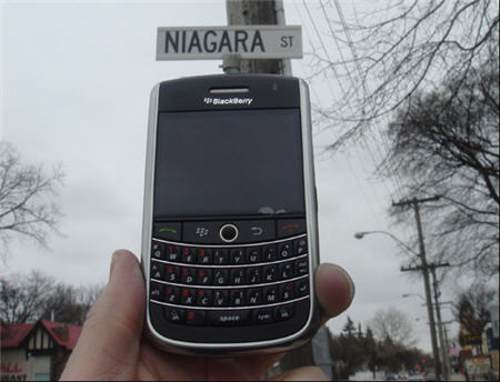 BlackBerry Niagara To Be Officially Named The BlackBerry Tour
