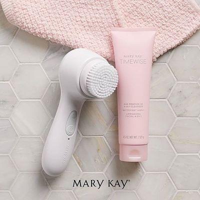 ¿Por qué es importante una limpieza facial? Limpiadora 4 en 1 TimeWise 3D Mary Kay