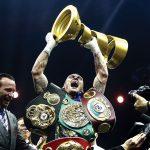 Aleksandr Usyk celebrates winning the WBSS cruiserweight final. (Photo by Valery Sharifulin - Getty Images)