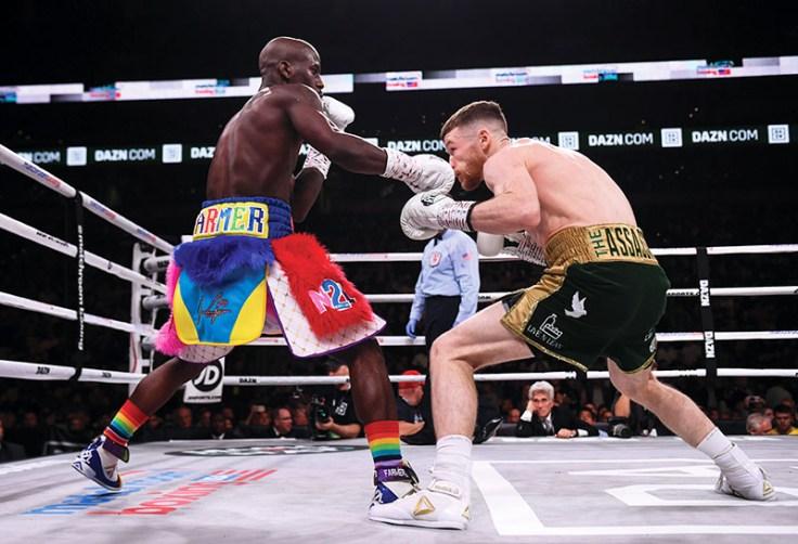 IBF junior lightweight titlist Tevin Farmer (left) vs. James Tennyson. Photo credit: Stephen McCarthy/Sportsfile via Getty Images