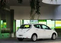 Nissan Leaf, pronta la versione 2014