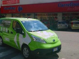 Carrefour, veicoli elettrici Nissan e-NV200 per le consegna a domicilio