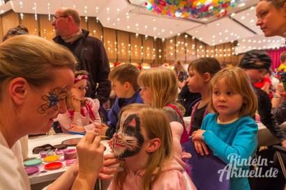 08 rintelnaktuell rcv carnevalsverein kinderkarneval 2017 konfetti schminken party