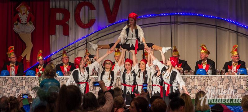 10 rintelnaktuell rcv carnevalsverein kinderkarneval 2017 konfetti schminken party
