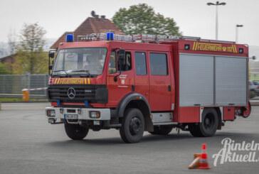 Rinteln, Steinbergen, Todenmann: Ein Feuerwehrfahrzeug auf Reisen