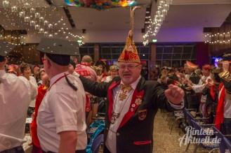 16 rintelnaktuell rcv prunksitzung 2018 rintelner carnevalsverein narren brueckentorsaal