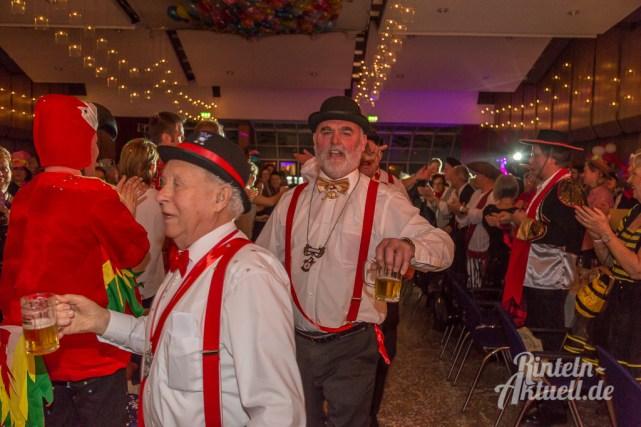 29 rintelnaktuell rcv prunksitzung 2018 rintelner carnevalsverein narren brueckentorsaal