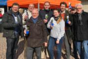 Hunderte Ostergrüße auf dem Rintelner Wochenmarkt