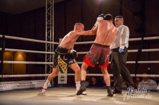 09 rintelnaktuell profiboxen piergiulio ruhe sport brueckentorsaal boxring event waru kampf gegner runden