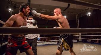 19 rintelnaktuell profiboxen piergiulio ruhe sport brueckentorsaal boxring event waru kampf gegner runden