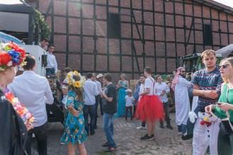 05 rintelnaktuell ernteumzug moellenbeck ernte dorfgemeinschaftsfest erntewagen 2018