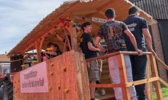 10 rintelnaktuell ernteumzug moellenbeck ernte dorfgemeinschaftsfest erntewagen 2018