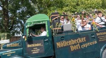 34 rintelnaktuell ernteumzug moellenbeck ernte dorfgemeinschaftsfest erntewagen 2018
