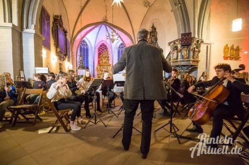 04 rintelnaktuell weihnachtskonzert gymnasium ernestinum nikolaikirche 2018 advent bigband abichor musici ernesti ensemble musik