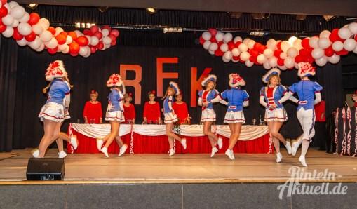 12 rintelnaktuell rfk rintelner frauenkarneval brueckentorsaal prunksitzung elfenrat 2019 20 jubilaeum