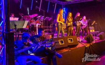 11 rintelnaktuell ernies hausband ernestinum bigband jahreskonzert jazz rock 2019 aula gymnasium musik