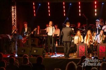 23 rintelnaktuell ernies hausband ernestinum bigband jahreskonzert jazz rock 2019 aula gymnasium musik