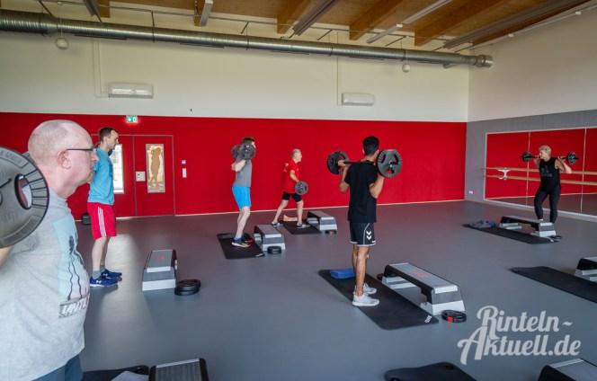 30 rintelnaktuell kerlgesund maennersporttag bkk24 kreissportbund ksb fitness modern arnis bootcamp kanu klettern bewegung aktion 22.6.19