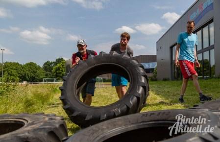 55 rintelnaktuell kerlgesund maennersporttag bkk24 kreissportbund ksb fitness modern arnis bootcamp kanu klettern bewegung aktion 22.6.19