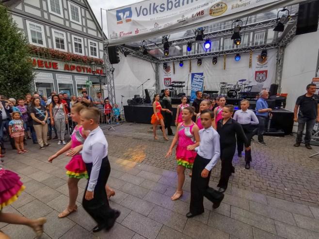 03 rintelnaktuell altstadtfest 2019 musik openair feier innenstadt city rinteln buehnen