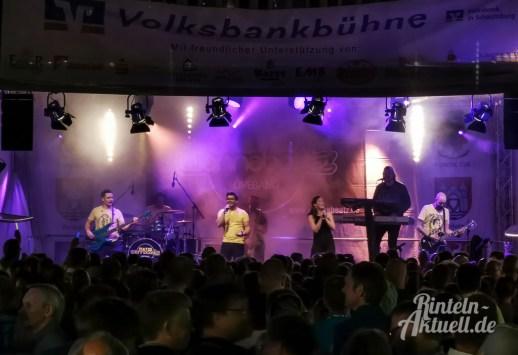 10 rintelnaktuell altstadtfest 2019 samstagabend openair tanz feier musik party bands unterhaltung innenstadt nacht
