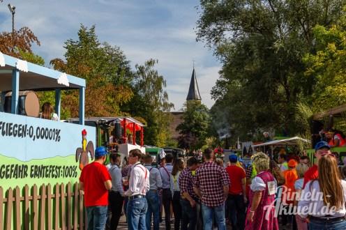 06 rintelnaktuell moellenbeck erntefest 2019 erntewagen ernteumzug dorf feier party