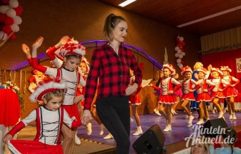 09 rintelnaktuell rcv kinderkarneval carnevalsverein 16.02.2020 mehrzweckhalle todenmann