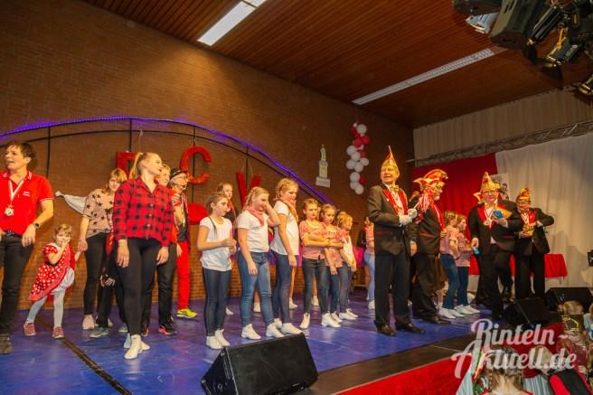 36 rintelnaktuell rcv kinderkarneval carnevalsverein 16.02.2020 mehrzweckhalle todenmann