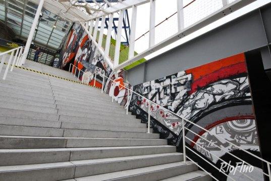 Des graphistes s'affrontent en faisant la meilleurs créations graphiques, photo-compositions. Des battles digitaux pour le grand public et les geeks! Battle graphique, photoshop, combat, riofluo, live painting, street-art, france, graffiti, art urbain, peinture, performance, ile de france, artistique, artiste, graffeur