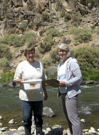 Nora & Teresa below the John Dunn Bridge with the last samples.