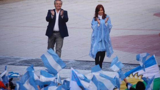 El candidato presidencial del Frente de Todos, Alberto Fernández, y su compañera de fórmula, la senadora y ex presidenta Cristina Fernández de Kirchner. Foto: Diego Izquierdo para Télam