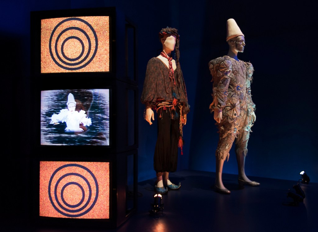 David Bowie is, Installation View
