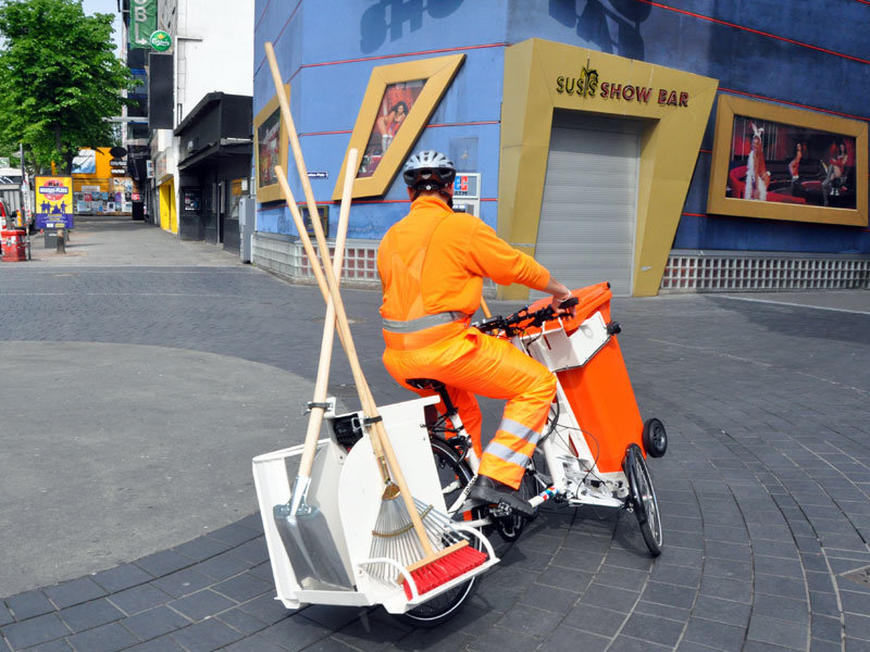 RIPPL #35: Keeping it clean – Hamburg street cleaners trial switch to e-trikes