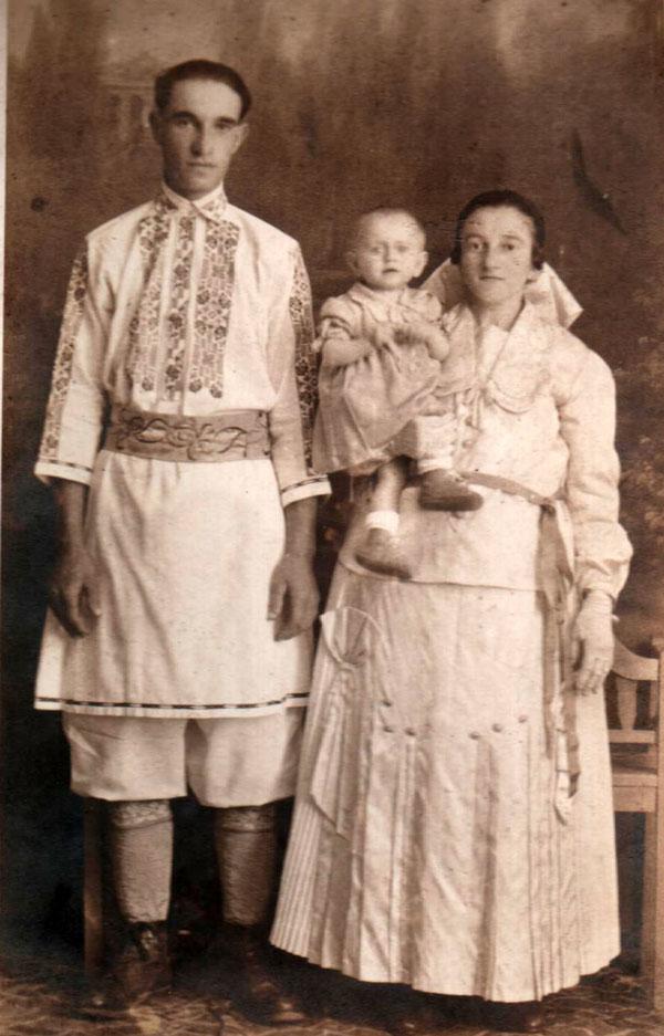 Familia-Coja-din-Ratisor---1939