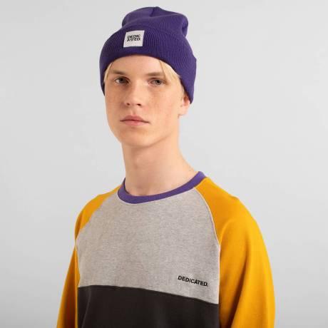 beanie purple 3