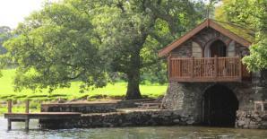 Knotts End Boathouse,UK