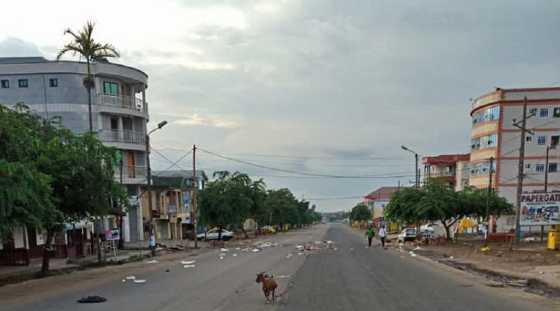 cameroon town 800x445 - Cameroon: Closer to Elections, Further from Peace