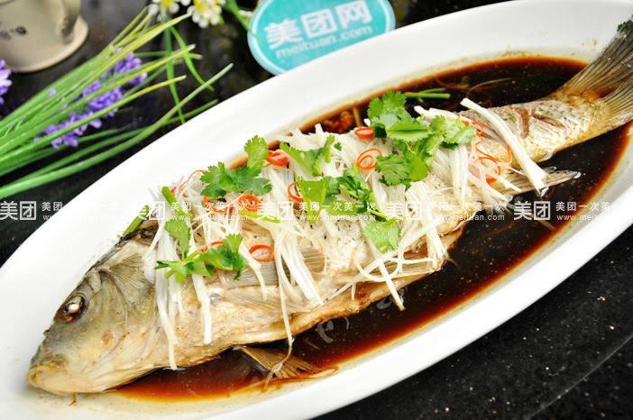 pesce saltato ai cipollotti - cena di capodanno lunare cinese 2020
