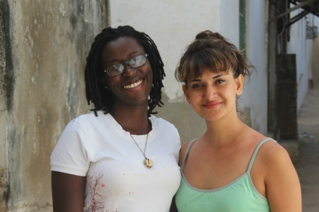 Kenya artists Nadia Wamunyu & Zihan Kassam at Lamu Festival. Photo: Margaretta wa Gacheru