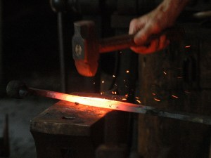 800px-Blacksmith_working
