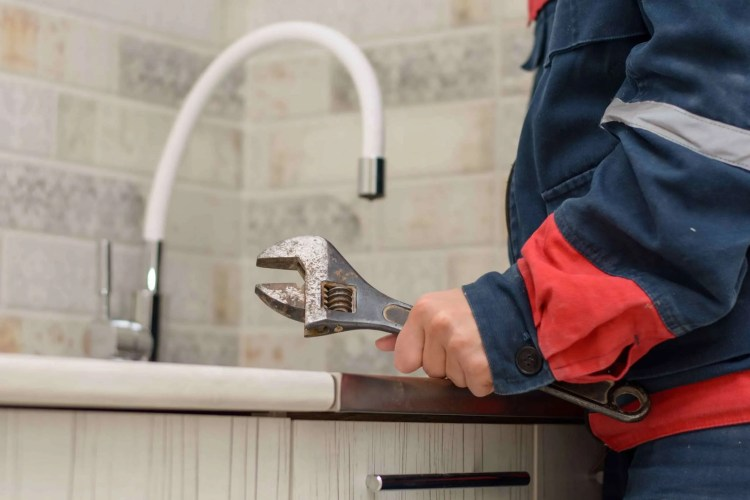 Does water damage decrease home value