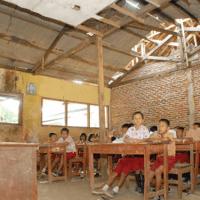 Jalan Setapak Untuk Pendidikan Anak Desa