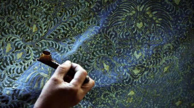 kain batik tulis indonesia