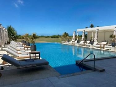 【プールとビーチレビュー】ANAインターコンチネンタル石垣リゾート プールでのフードメニューも紹介  2020.7.7新館開業 【ANA InterContinental Ishigaki Resort】