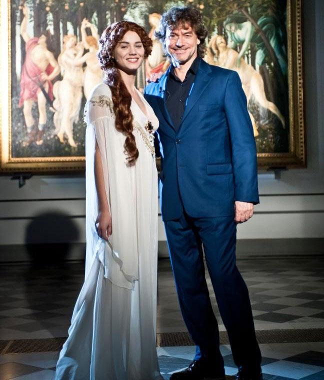 Matrimonio Romano Alberto Angela : Giusy buscemi torna a fianco di alberto angela nella