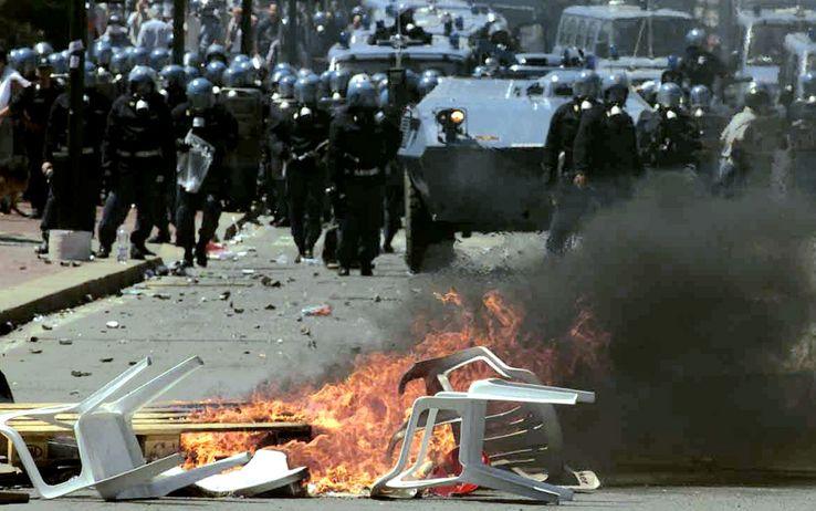 G8 2001: non dimentichiamo la repressione e la morte di Giuliani