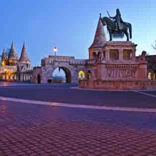 Stephen I of Hungary monument and Fisherman's Bastion in morning